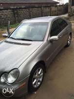 It's another cool Nigerian used Mercedes benz C280 for sale