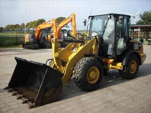 Caterpillar 906 H - 2010