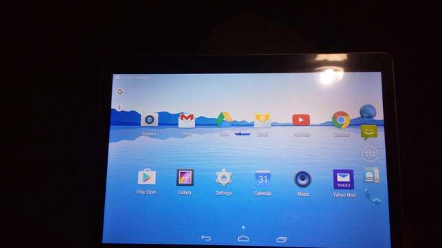 "Android Tablet 10"" screen Tudor Four - image 4"