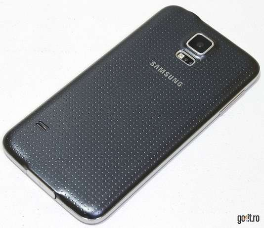 Slightly used samsung S5 BuruBuru - image 4