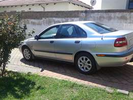 Volvo S40, 2L 2002 Model for sale