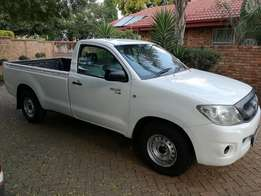 2009 Toyota Hilux 2.5 D4D S/C in Excellent condition