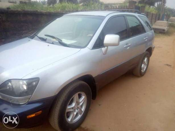 Very sharp Lexus RX 300 INCREDIBLY Clean, Awka South - image 2