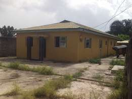 Bongalo for sale at seaside estate along badore road ajah 10m