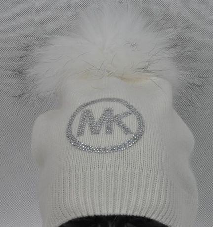 018810c81a9a9 wełniana czapka biała czarna szara beż cyrkonie logo mk michael kors Wrocław  - image 3
