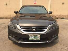 Honda Accord (2014) in an excellent working condition