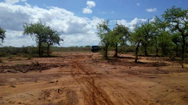 66 acres for sale past Ikutha town Kitui county Kalivu - image 3