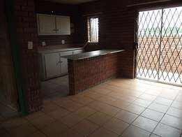 1 Bedroom flat in Estoire near Transworks and Airport for rent