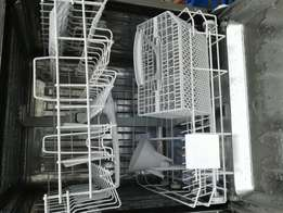 Dish Washer in Very Good Condition