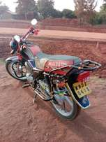 Quick sale Honda 125cc,good as new buy n Ride