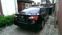 2013 Toyota Camry SE V4 (FOREIGN USED)