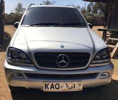 Mercedes-Benz ML 320 (2002)