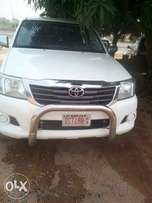 Clean Toyota Hilux 2012 Auto