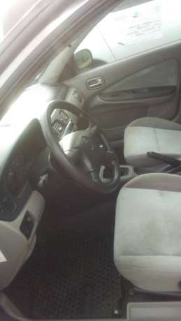 Nissan Almera 2003 Central Business District - image 8