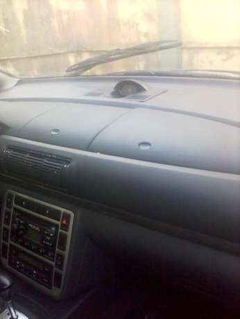 Clean 2004 Ford Galaxie(Almost Tokunbo) Ikeja - image 7