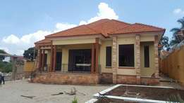 Kira very posh house for sale at 454m
