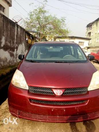 Foreign used sienna 2005 Surulere - image 1