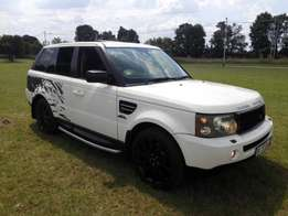 LandRover Rangerover sport with extras for R185000
