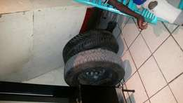 Am selling 13 inch tyre