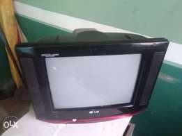 Clean used LG TV 14""