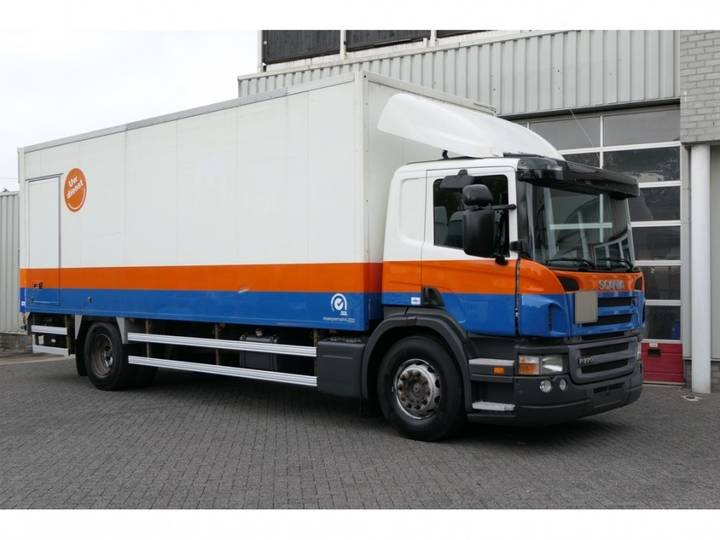 Scania P270 DB4X2MNA CLOSED BOX ENGINE HAS RUN ONLY 80.000KM - 2006