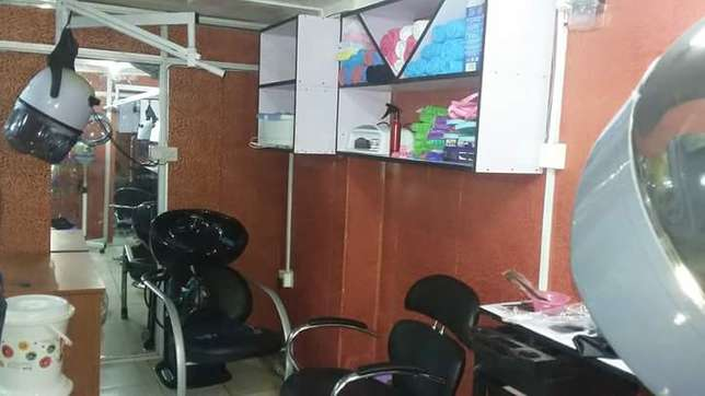 SALON for sale...fully equipped Nairobi CBD - image 2