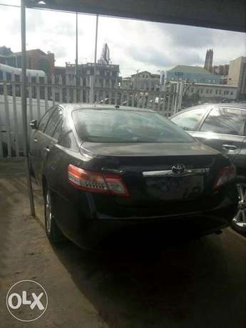 Toyota Camry XLE Model: 2010 for Sale Lagos Mainland - image 2