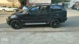 Hi selling my x5