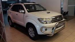 2011 Toyota Fortuner 3.0 D4D R/B A/T