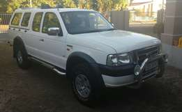2004 Ford Ranger XLT super cab 4L V6 4X4 with canopy