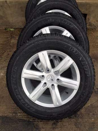 full set brand new Pajero rims and tyres Nairobi CBD - image 4