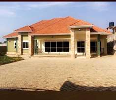 4 bedroom-3 bathroom house on 15decimals for sale at 450m in Naalya