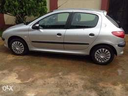 Very Clean Tokunbo Peugeot 206 auto gea
