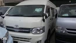 Toyota hiace 9L 2011 Outomatic