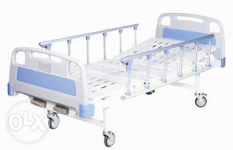 New 2 function hydraulic hospital beds WITH matress,Pillow and Malindi - image 2