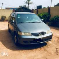 Clean 2003 Dark Grey Automatic Honda Odyssey