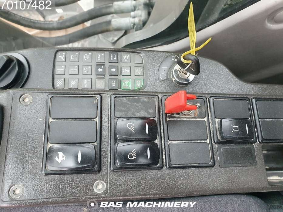 Volvo EC350DL Ready for work - nice and clean - 2016 - image 19