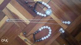 Fancy silver and black set of jewellery