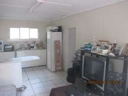 1 x Bedroom Flat to Rent on Bus & Train Route Queensburgh