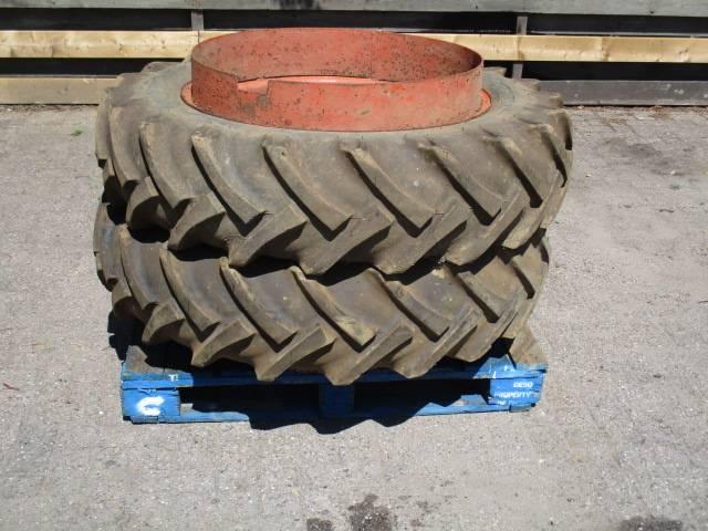 dubbellucht wielen  12.4 R32