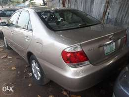 05 Toyota Camry LE