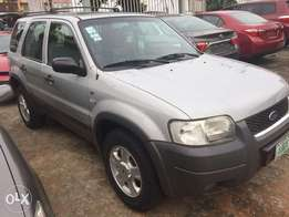 Registered 2005 Ford Escape XLT Few months used