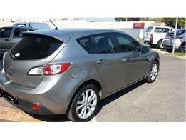 Mazda 3 1.6 Dynamic 5-door in a very good running condition for sale