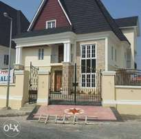 executive fully detached 5bedroom duplex for sale