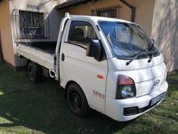1.3 TONE TRUCK FOR Hire (Eastrand)