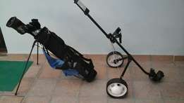 Complete golf set. Iroons, Woods, golf bag and cart