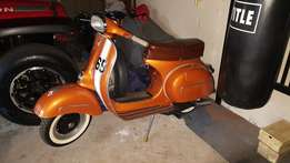 Vespa - 1965, 150 GL - Fully restored with paperwork