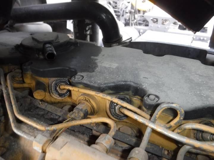 Caterpillar CS76 - 2012 - image 34
