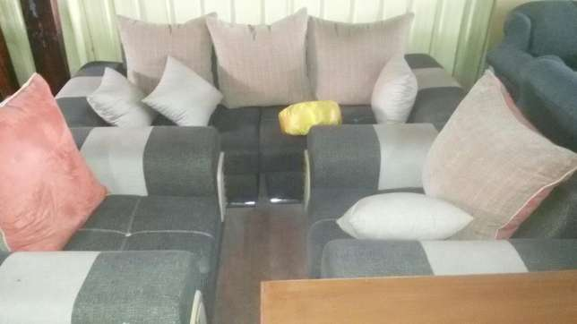 Clearance Offers on Sofas Kariokor - image 2