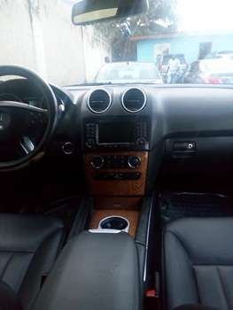 2007 Mercedes Benz Ml350 4Matic Up 4Sale Lagos Mainland - image 5